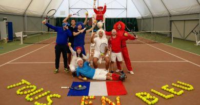 Tous en bleu pour soutenir l'équipe de France en Coupe Davis
